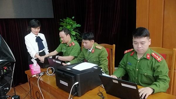 Công an Đà Nẵng triển khai làm thủ tục cấp đổi thẻ căn cước công dân gắn chíp