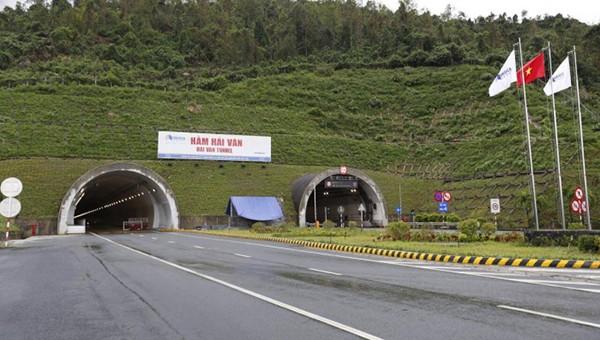 Thông xe Hầm Hải Vân 2 nối TP Đà Nẵng và tỉnh Thừa Thiên Huế