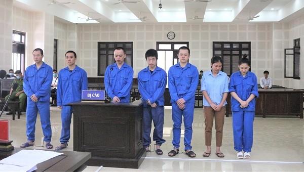 Hơn 17 năm tù cho 2 phụ nữ đưa 14 người Trung Quốc nhập cảnh trái phép