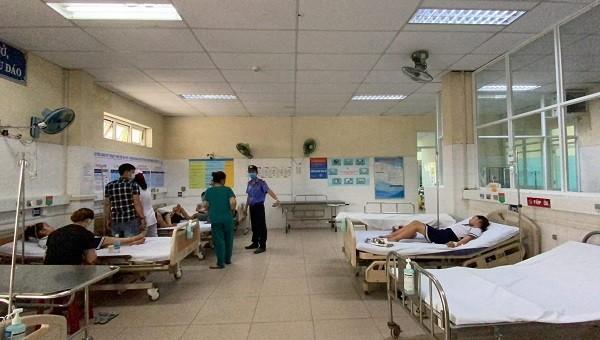 Các em học sinh nhập viện sau khi chơi đất nặn slam.