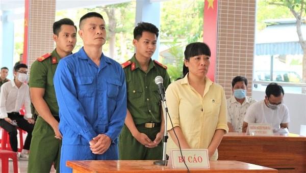 Vận chuyển ma túy thuê từ Lào về Việt Nam, kẻ lĩnh án tử người tù chung thân