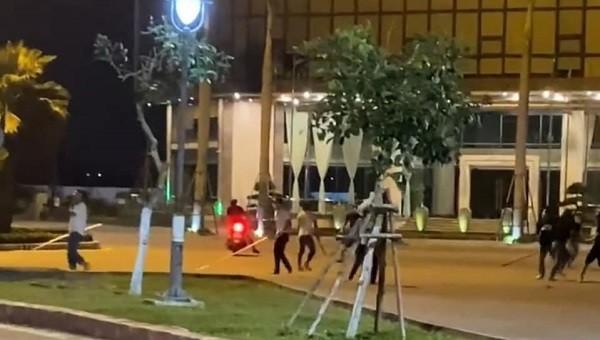 Hàng chục thanh niên hỗn chiến, gây náo loạn giữa trung tâm Đà Nẵng
