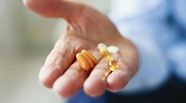 """Choáng trước """"ma trận"""" thực phẩm chức năng chữa… ung thư!?"""