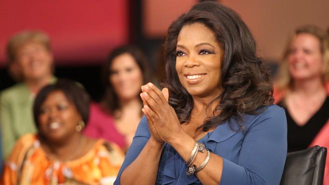 """Oprah Winfrey – Rũ bùn từ những bất hạnh để trở thành """"nữ hoàng truyền thông Mỹ"""""""