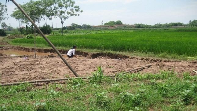 Khai thác đất bừa bãi khiến hai đứa trẻ chết oan