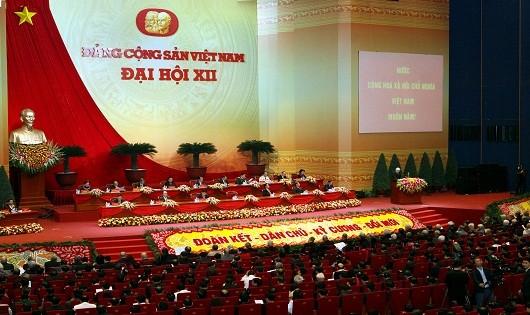 Công tác nhân sự được các đại biểu tham dựĐại hộiXII bàn thảo kỹ lưỡng.