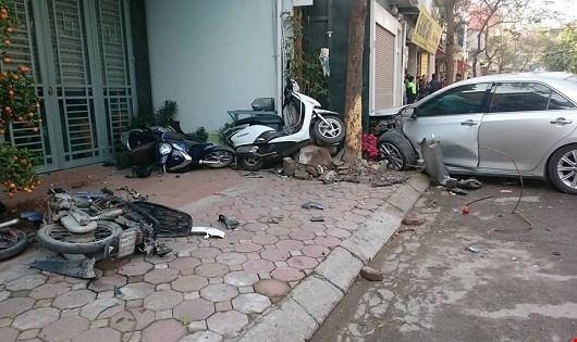 Mỗi ngày Việt Nam có 30 gia đình mất người thân, 200 gia đình chịu những tổn thất về vật chất và tinh thần do tai nạn giao thông để lại.