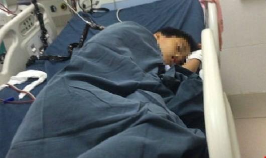 Cháu Huy tại bệnh viện.