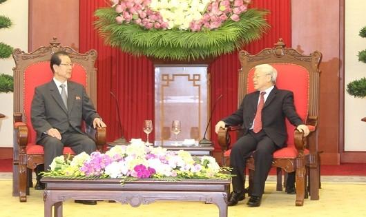 Tổng Bí thư Nguyễn Phú Trọng tiếp Lãnh đạo Đảng Lao động Triều Tiên.