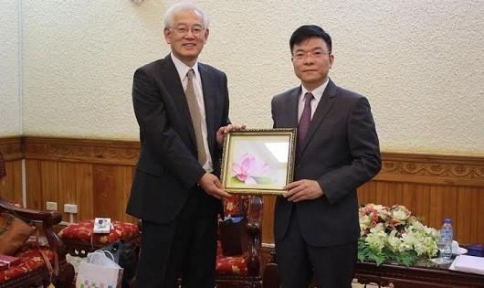 Bộ trưởng Lê Thành Long cảm ơn thời gian tại Đại học Tổng hợp Nagoya