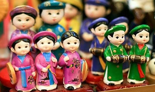 Một sản phẩm lưu niệm du khách thường gặp khi đến Hà Nội.