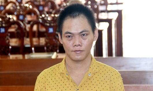 An Giang: Đổ thuốc sâu hại vợ, lĩnh 7 năm tù