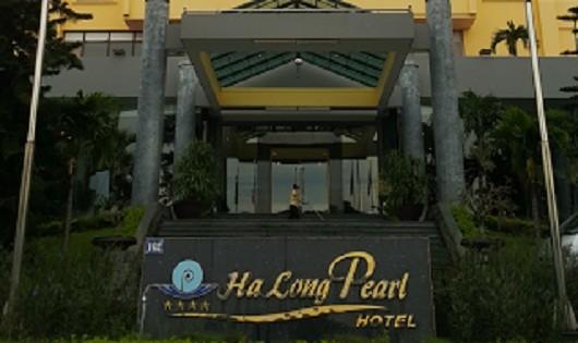 Quảng Ninh: Bị thu hồi sao, khách sạn vẫn thu tiền giá trên trời?