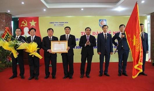 Sở Tư pháp Thanh Hóa đón nhận Huân chương Lao động hạng Nhất