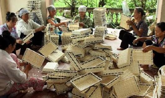 Sản phẩm làng nghề lượng nhiều, chất ít.