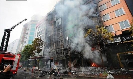'Công thức vàng' để thoát chết trong đám cháy