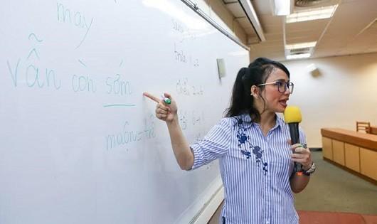 Cô dâu Việt nổi bật nhất tại Đài Loan vì khả năng dạy tiếng Việt
