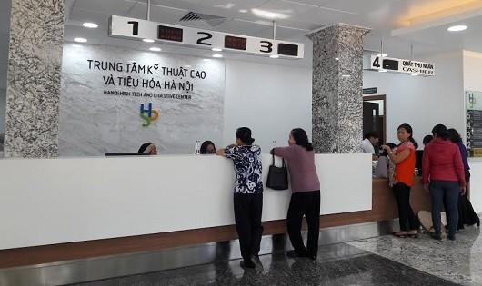 Người dân Hà Nội háo hức đợi chờ tầm soát ung thư