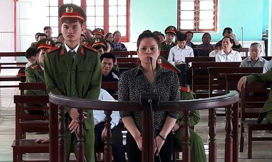 """Tình tiết nào giúp """"bạn hàng"""" của Tàng keangnam thoát án tử?"""