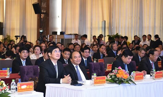 """Thủ tướng Nguyễn Xuân Phúc: Tạo lập """"đất lành""""  đón làn sóng đầu tư"""