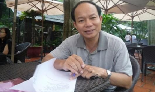 GS. TSKH Hoàng Xuân Phú.