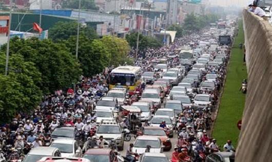 Các thành phố lớn đang chịu áp lực vì quá tải giao thông.