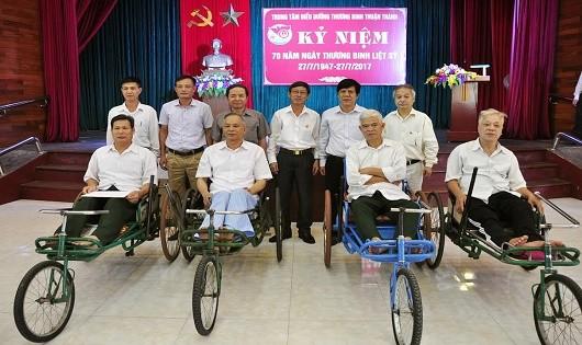 Bộ Tư pháp tri ân tại Trung tâm  Điều dưỡng Thương binh Thuận Thành