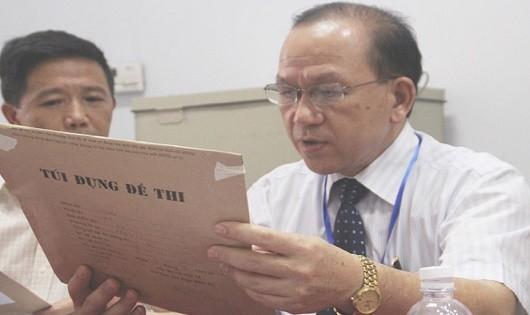 Bàn giao đề thi THPT quốc gia cho địa phương