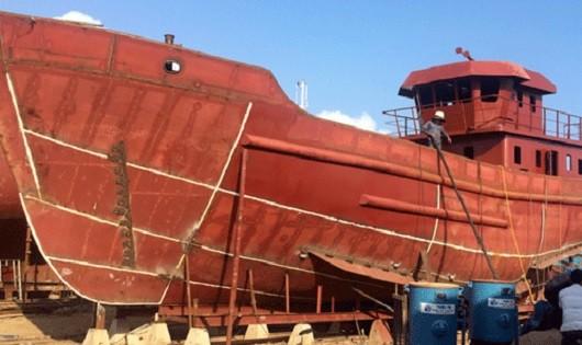 Tạm đình chỉ đóng mới tàu theo Nghị định 67 đối với 2 công ty