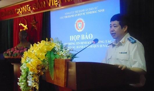 Đ/c Nguyễn An Ly – Cục trưởng trình bày báo cáo kết quả công tác thi hành án dân sự 6 tháng đầu năm 2017