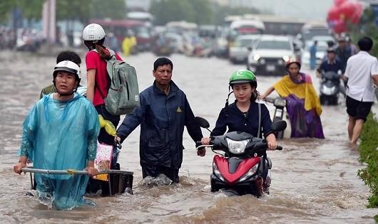 'Thuốc' nào 'chữa dứt căn bệnh' ngập lụt ở Hà Nội?