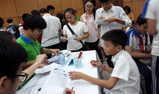 Việt Nam thi gì cũng giỏi, sao vẫn nghèo?