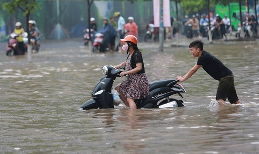 Ứng phó với bão số 6: Thông tin dự báo phải được truyền tải đến tận thôn, xóm