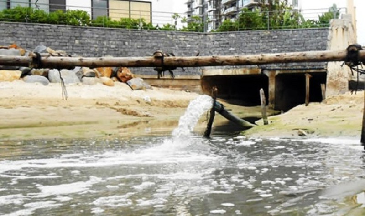 Xử lý nước thải tại các cụm công nghiệp ở Hà Nội: Cần chế tài mạnh với doanh nghiệp vi phạm