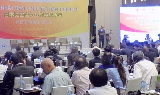 Thứ trưởng Ngoại giao Nguyễn Quốc Dũng phát biểu tại Hội nghị.
