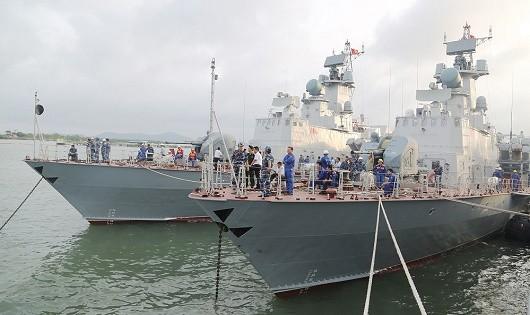Tổng Công ty Ba Son bàn giao cặp tàu tên lửa thứ baM5, M6 phiên hiệu 382 và 383 cho Quân chủng Hải quân.