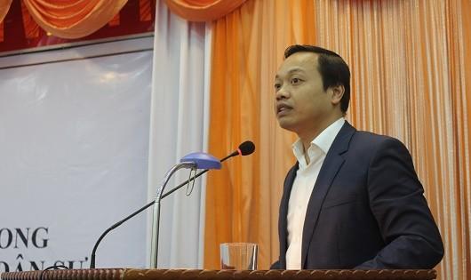 Thứ trưởng Trần Tiến Dũng phát biểu tại Hội thảo.