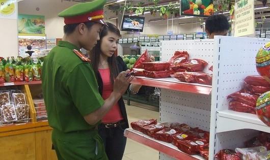 Quảng Ninh:  Không để hình thành điểm nóng  về mất vệ sinh an toàn thực phẩm