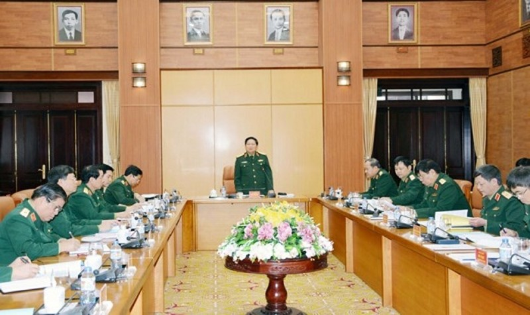 Đại tướng Ngô Xuân Lịch chủ trì buổi làm việc.