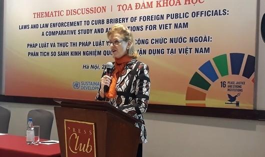 Bà Caitlin Wiesen đánh giá cao bước tiến của pháp luật hình sự Việt Nam.