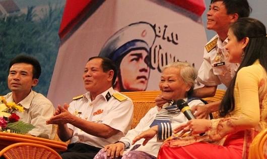 Những hình ảnh gặp mặt ôn lại kỷ niệm tổ chức thường niên tại Đà Nẵng về trận Hải chiến Trường Sa.