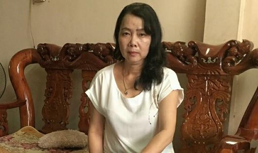Bà Vũ Thị Gắng bức xúc khi sự việc chưa được giải quyết.