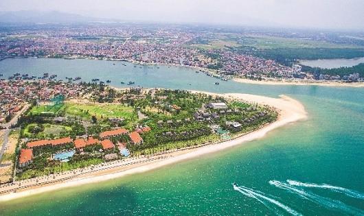 Bán đảo Bảo Ninh là nơi tập trung nhiều dự án du lịch, dịch vụ của Quảng Bình.