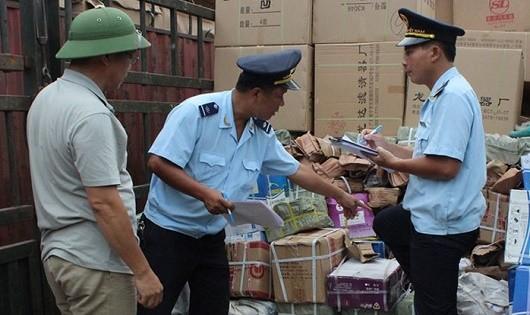 Lực lượng Hải quan phát hiện,  bắt giữ nhiều vụ buôn lậu, gian lận thương mại