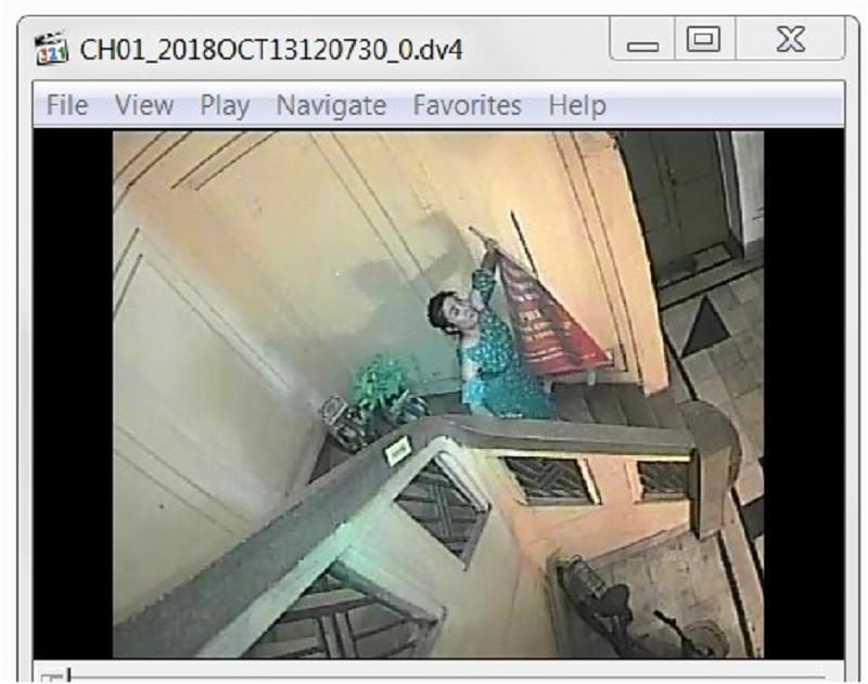 Hình ảnh do camera chủ hộ tầng 3, nhà số 11A Tổng Đản ghi nhận