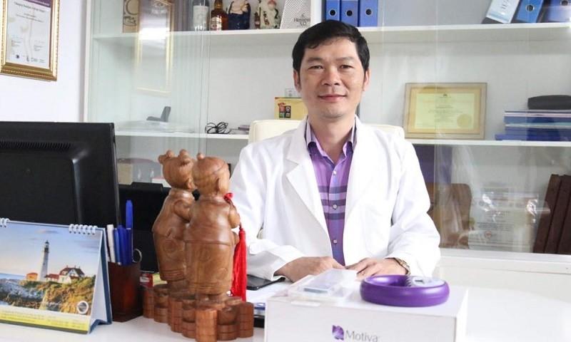 Bác sĩ Tươi chia sẻ về những lưu ý trong lĩnh vực nâng ngực thẩm mỹ.