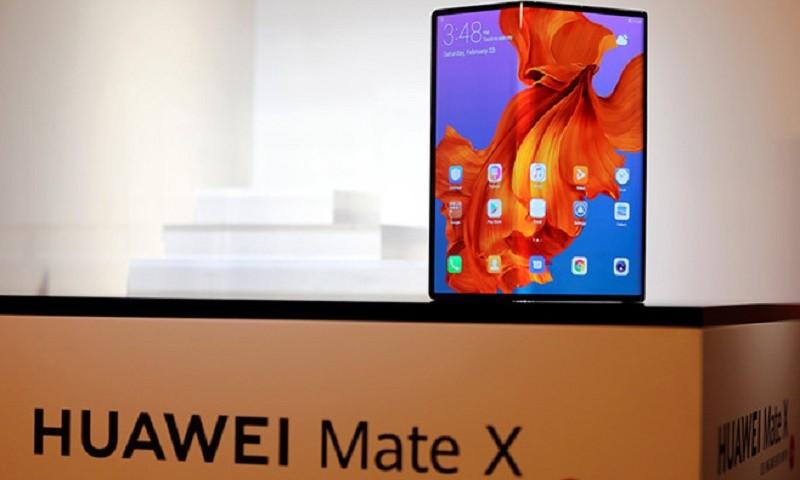 Điện thoại gập Mate X của Huawei sẽ quay lại vào tháng 11?