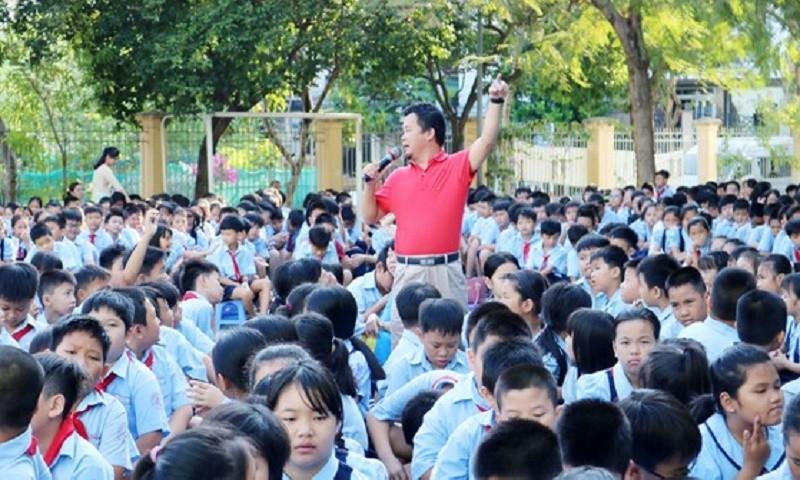 Những người thầy của trẻ em đường phố