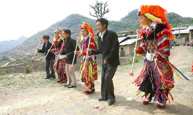 Cao Bằng có nhiều văn hóa đặc sắc.