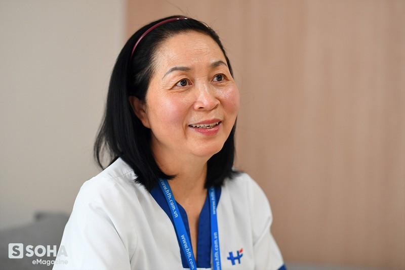 Nữ y tá Việt Nam và câu nói của phóng viên quốc tế: Tất cả những người phải thở máy không một ai sống sót! - Ảnh 6.